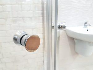 comment déboucher une douche